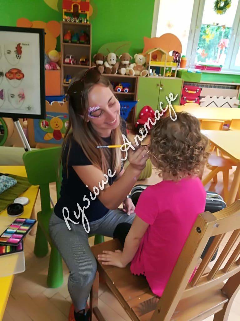Malowanie twarzy w przedszkolu