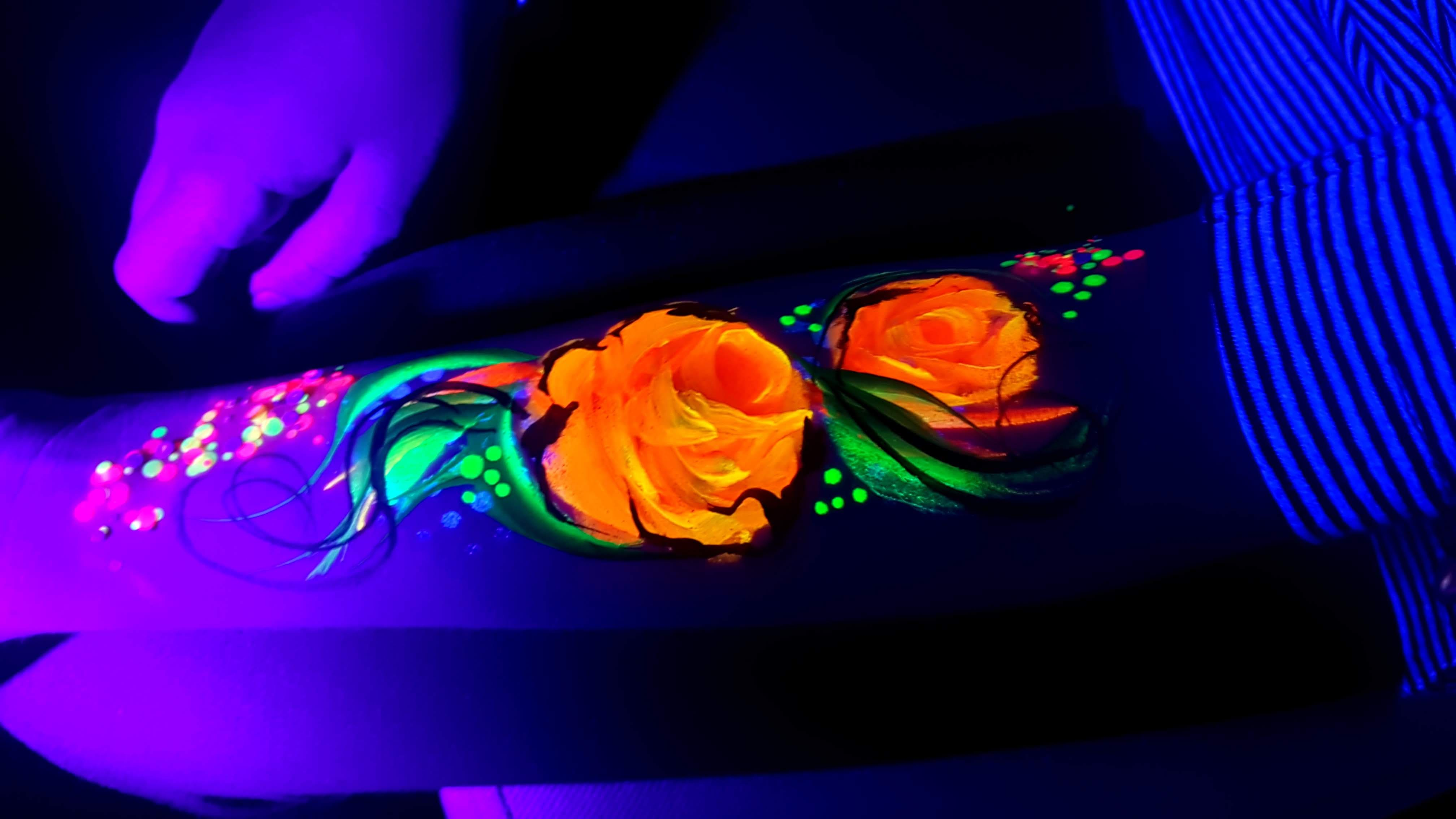 Róża_fluo